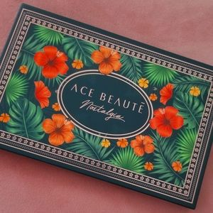 Ace Beaute Nostalgia Pallette